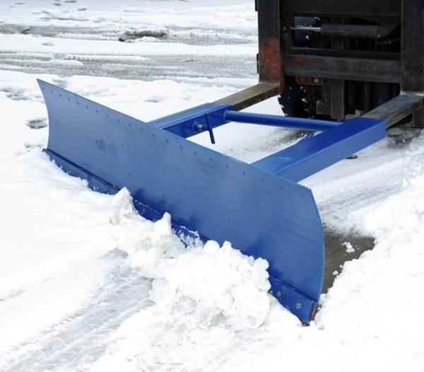 sneeuwschuiver heftruck